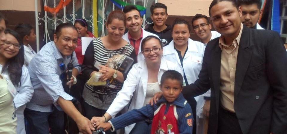 """""""DESARROLLO COMUNITARIO DE DIFERENTES FACULTADES EN EL CENTRO POLIVALENTE´´"""